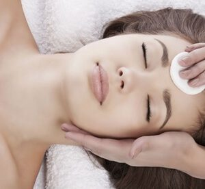 45-Minute Deep Cleansing Facial